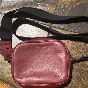 Vince Camuto cross over bag.